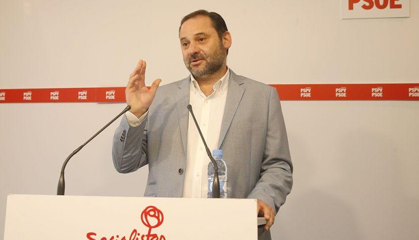 El PSOE pide reprobar a Montoro tras la sentencia sobre la amnistía fiscal